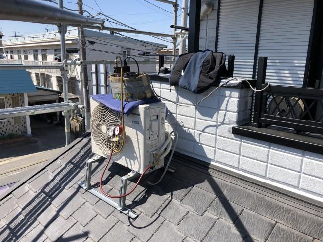 鎌ケ谷市でエアコンの移設工事をしてきました。