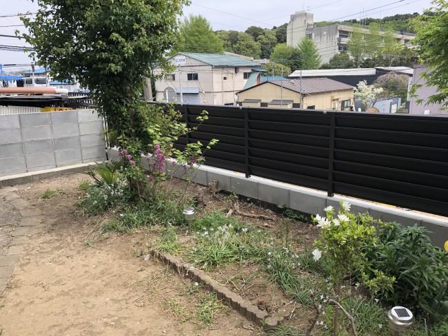 松戸市にて古いフェンスを交換して来ました。