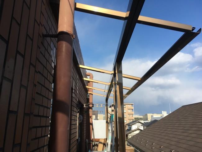 リフォーム工事でテラスの移設と新設工事につくば市に来ています。